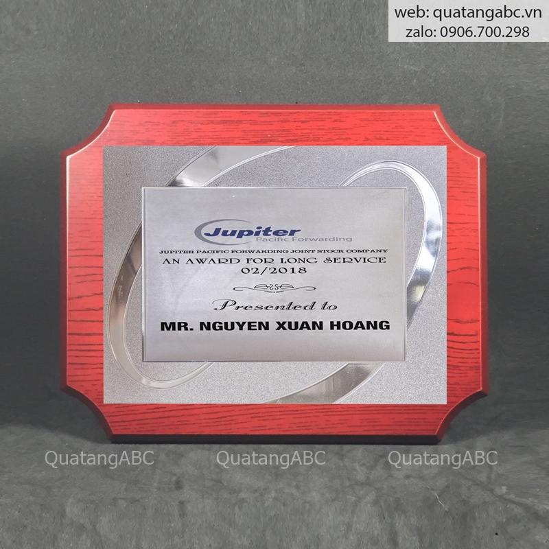 KNC gỗ G12 chữ nhật bo 4 góc 20x25cm – khung bạc 01