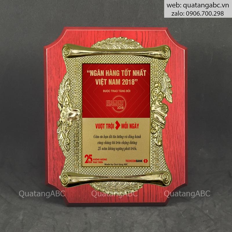 KNC gỗ G12 chữ nhật bo 4 góc 20x25cm – khung nhựa 02